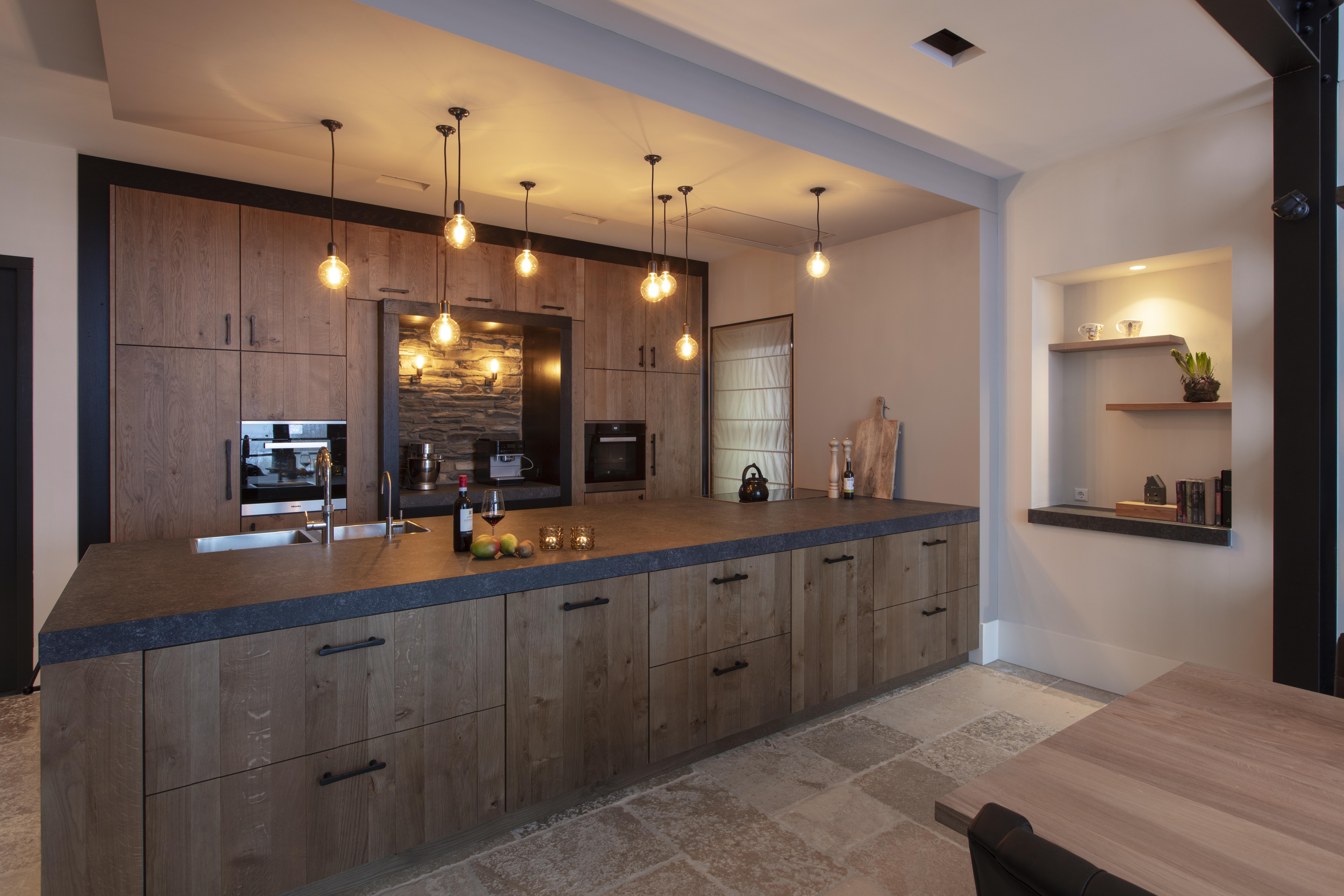 Klasse Keukens Leende : Massief eiken keuken in landelijke stijl huisman keukens en sanitair